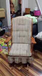 Chaise bersante / Rocking chair