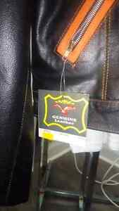 Brand new leather jackets  Cornwall Ontario image 2