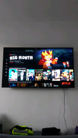 Sony 55'' 4k smart TV, brand new but cracked the top of the screen