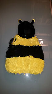 Halloween Bee Costume, 24 month size London Ontario image 2