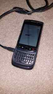 GRIMSBY- Blackberry 9800 Smartphone in original box w/ charger