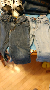 Old Navy 2t boys jeans. Excellent condition