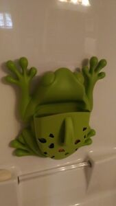 BOON potty and bath frog