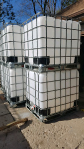 1000L FOOD GRADE WATER TOTES