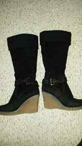 Black boots size 7 London Ontario image 1
