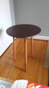 Foldable Side Tables