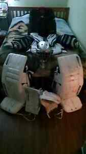 Adult Goalie gear (serious deal for serious player) Prince George British Columbia image 8