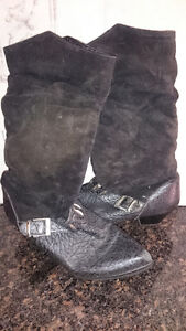 Used winter suede boots