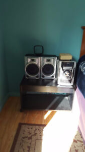 3 Mode Sony Stereo with Moveable speakers