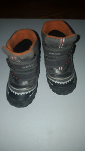 Geox Size 7 Winter Boots