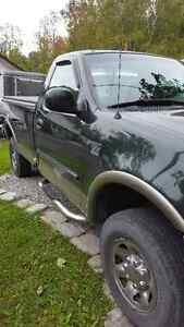 2003 Ford F-150 XLT Pickup Truck..best offer Peterborough Peterborough Area image 2