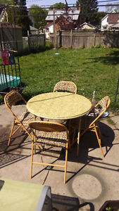 CARD TABLE& CHAIRS