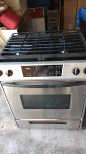 Whirlpool Gold 30 in gas stove.