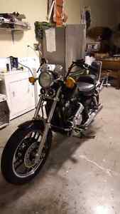 1985 Shadow 750 1900obo act fast!!!