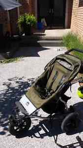 Great jogging stroller with car seat attachment.
