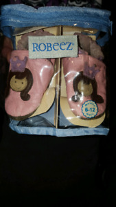 Robeez Princess slippers size 6 - 12 mths