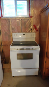 Frigidaire 30'' Electric Range Stove Oven smooth top cooktop