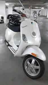 VESPA LX150 - LA DOLCE VITA! GOES 115KM/H :)