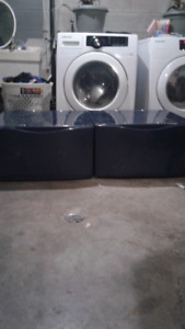 front  load washer/dryer pedestal stands