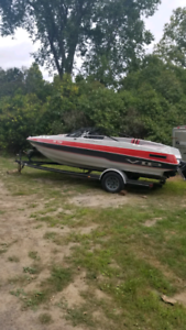Nice bowrider and trailer.