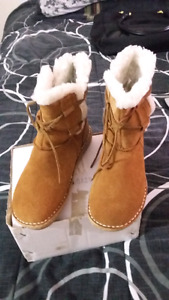 SELLING SIZE 7 1/2 SHEEPSKIN SUEDE BOOTS