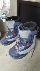 Snowboard, Boots and Bindings ONLY $350!!
