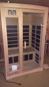 INFRARED SAUNA LIKE NEW CONDITION