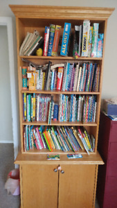 Bookshelf & Cupboard