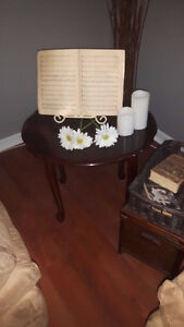 Set of coffee table and 2 end tables $75 obo