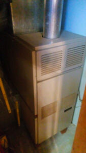 Hardly used oil furnace with tank