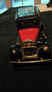 Canadian Tire Limited Edition Model A Ford truck bank + key- West Island Greater Montréal image 2