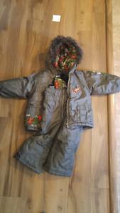 Snow suit size 18 months
