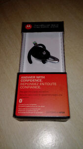 BNIB - Motorola H720 Bluetooth Headset Cambridge Kitchener Area image 1