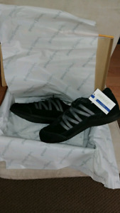Brand New Drew Bliss Shoes, size 8.5-9