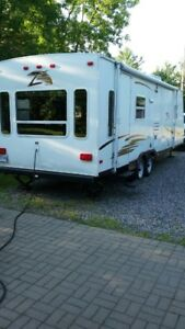 Roulotte/Travel trailer 2006 Zepplin II modèle Z278
