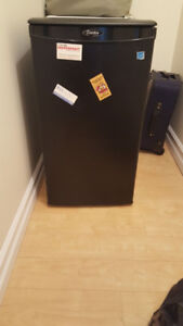Mini Refrigerator for Sale!