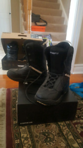 Firefly snowboard boot size 6
