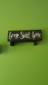 Hand painted wooden sign - Home Sweet home