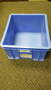 USED PLASTIC STACKING BINS. STORAGE BINS & TOTES. OVER 55% OFF London Ontario image 1