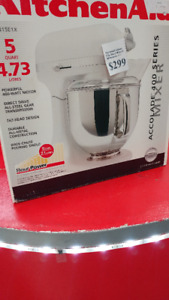 KITCHEN AID 400 SERIES ACCOLADE MIXER (LIKE NEW IN BOX)