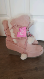 BNWT New Ladies Leather boots