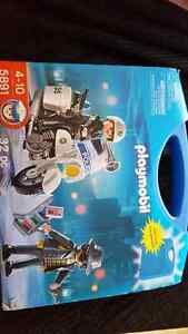Playmobil police in carry case