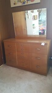 Dresser (6 Drawers) with Mirror
