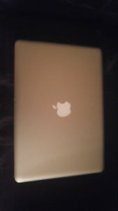 MacBook Pro Almost mint!!!