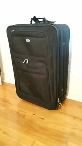27'' Destination luggage / valise