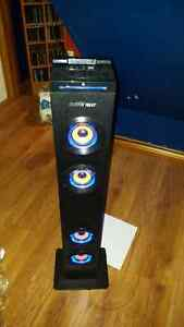Stereo tower with Bluetooth  Belleville Belleville Area image 2