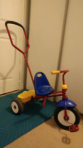 Toddlers bike with handle