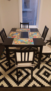 Dining table with chairs - moving sale