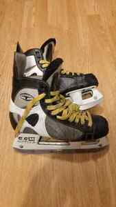 CCM Tacks 159 size 6D hockey skates