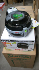 Actifry Plus 2.6 lb. Edition by TFal